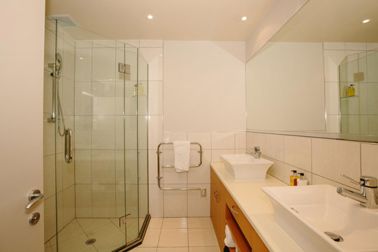 Lakeside Apartments Ensuite Shower Room to Master Bedroom