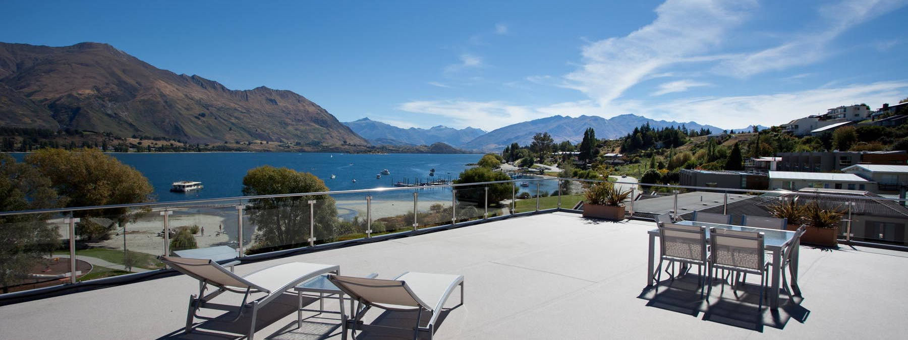 Lakeside Apartments Wanaka Luxury Serviced Apartments Penthouse Wanaka Accommodation